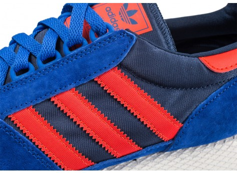 Chaussures adidas Forest Grove bleue et rouge  vue dessus