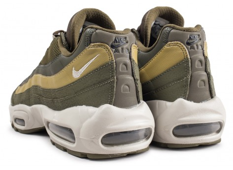 Chaussures Nike Air Max 95 Essential Olive  vue dessous