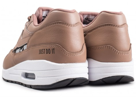Chaussures Nike Nike Air Max 1 SE Overbranded beige femme vue dessous