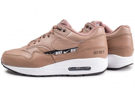 Chaussures Nike Nike Air Max 1 SE Overbranded beige femme vue extérieure