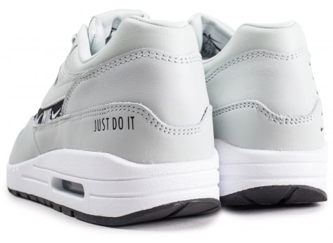 Chaussures Nike Air Max 1 SE Overbranded argent femme vue dessous