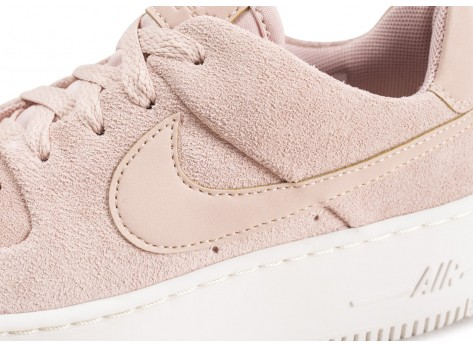 Chaussures Nike Air Force 1 Sage Low rose vue dessus