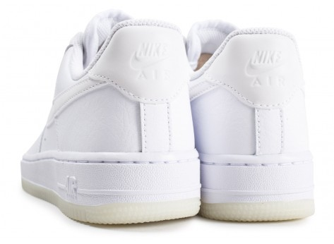 Chaussures Nike Air Force 1 ´07 Essential blanche femme vue dessous