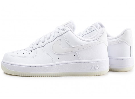 Chaussures Nike Air Force 1 ´07 Essential blanche femme vue extérieure