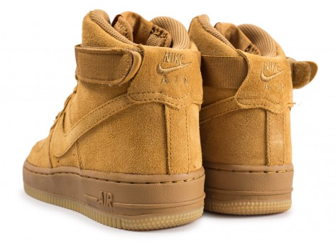 Chaussures Nike Air Force 1 High LV8 wheat junior vue dessous