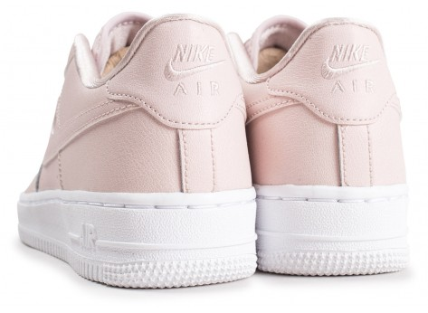 Chaussures Nike Air Force 1 SS rose clair junior vue dessous