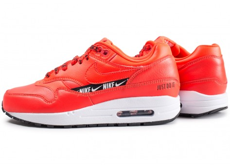 Chaussures Nike Air Max 1 SE Overbranded rouge femme vue extérieure