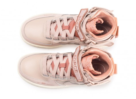Chaussures Nike Nike Air Force 1 High Utility rose femme vue arrière