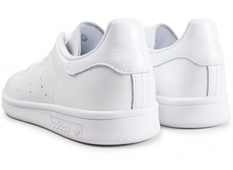 Chaussures adidas Stan Smith triple blanc shinny femme vue dessous