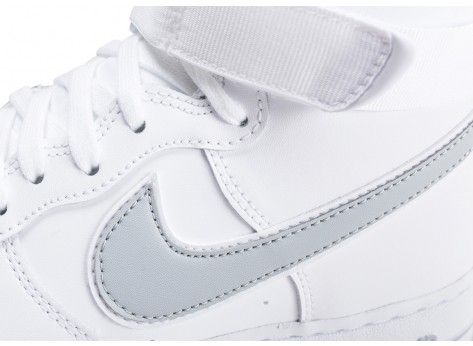Chaussures Nike Air Force 1 High blanche et argent vue dessus