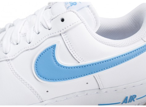 Chaussures Nike Air Force 1 '07 blanche et bleue vue dessus