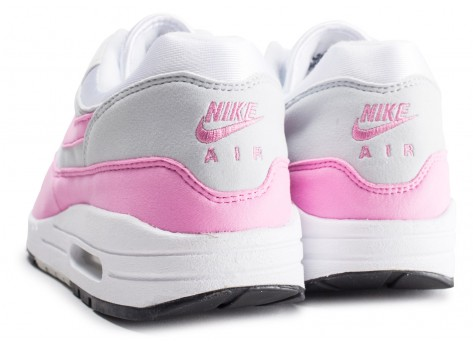 Chaussures Nike Air Max Essential 1 blanche et rose femme vue dessous