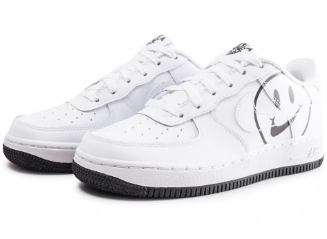 Chaussures Nike Air Force 1 LV8 blanche Have a Nike Day junior vue intérieure