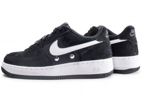 Chaussures Nike Air Force 1 LV8 Have a Nike Day junior vue extérieure