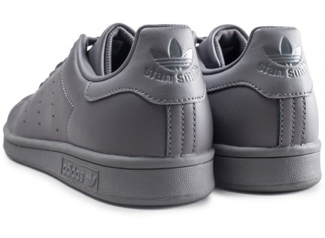 Chaussures adidas Stan Smith grise  vue dessous