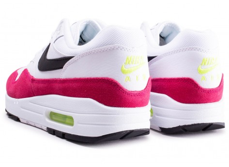 Chaussures Nike Air Max 1 blanche et rose  vue dessous
