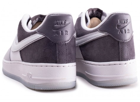 Chaussures Nike Air Force 1 '07 LV8 2 Multiple grey vue dessous