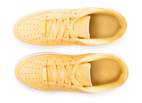 Chaussures Nike Air Force 1 Sage Low Topaze Gold femme vue arrière