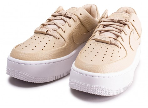 Chaussures Nike Air Force 1 Sage Desert Ore vue intérieure