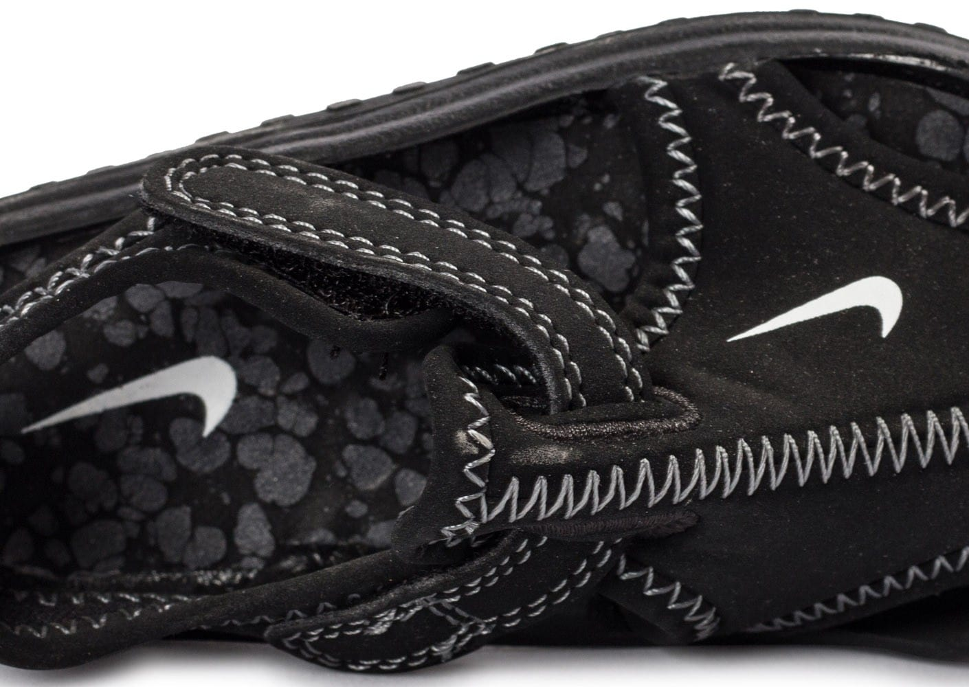 cheap for discount 227ad e1fc1 ... Chaussures Nike Sunray Protect noire vue dessus