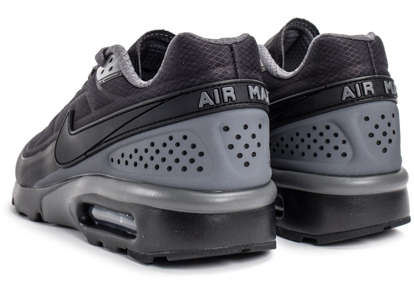 buy popular 3bc69 07b34 ... Chaussures Nike Air Max BW Ultra SE noire vue dessous ...