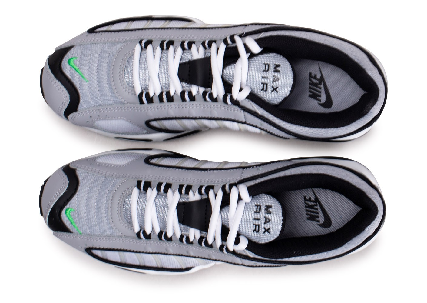 Nike Air Max Tailwind IV gris vert Chaussures Baskets