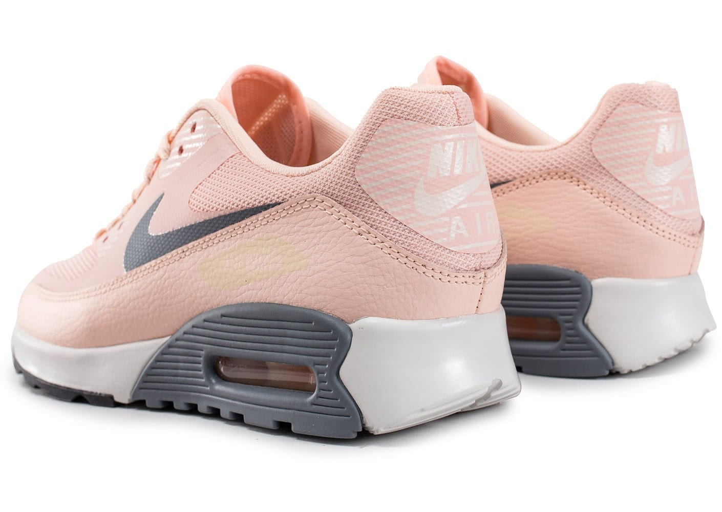 release date: 51c8f 7d18d ... Chaussures Nike Air Max 90 Ultra 2.0 rose vue dessous ...