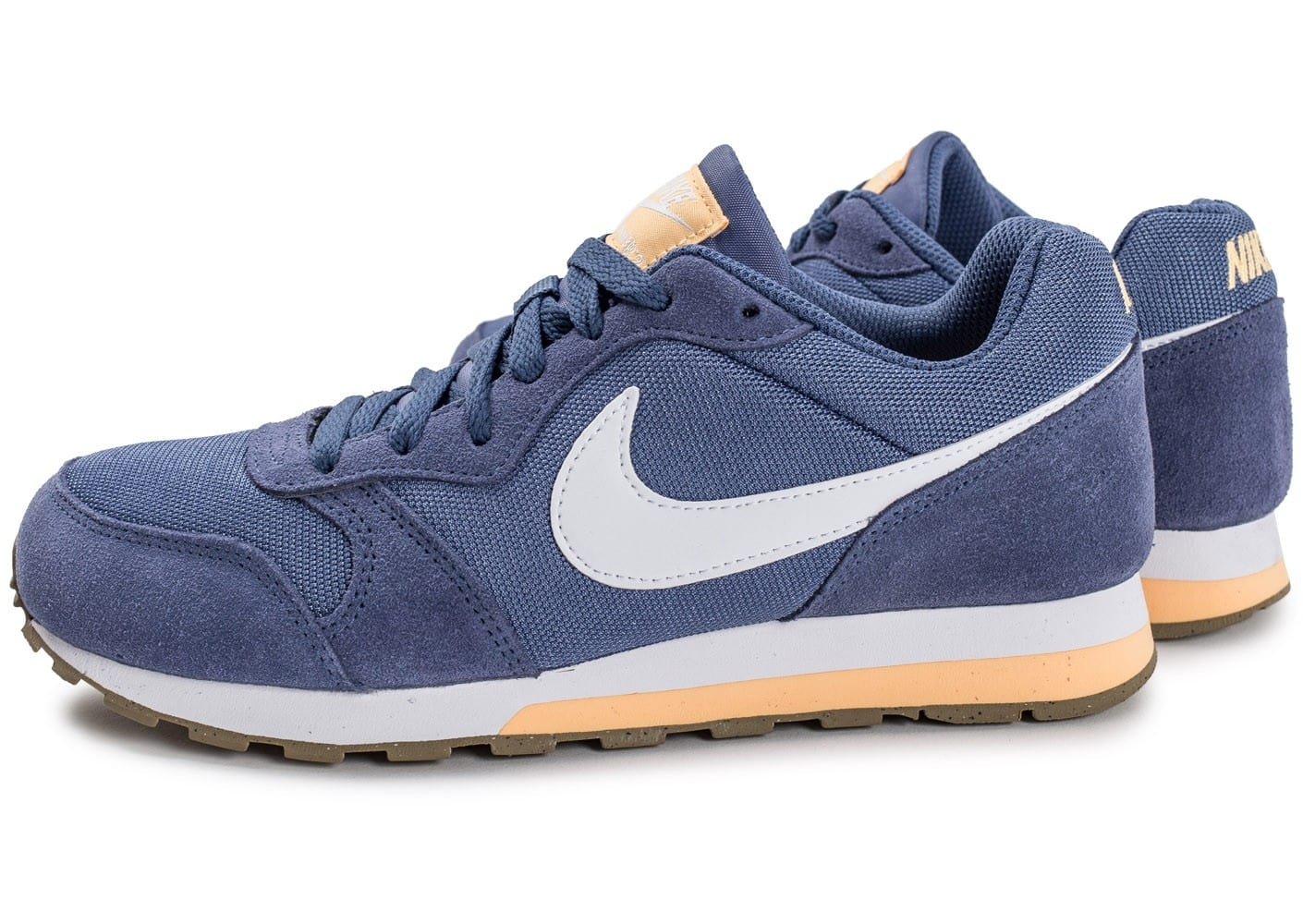 the latest cd9cd 9be08 Cliquez pour zoomer Chaussures Nike MD Runner 2 junior bleue vue extérieure  ...