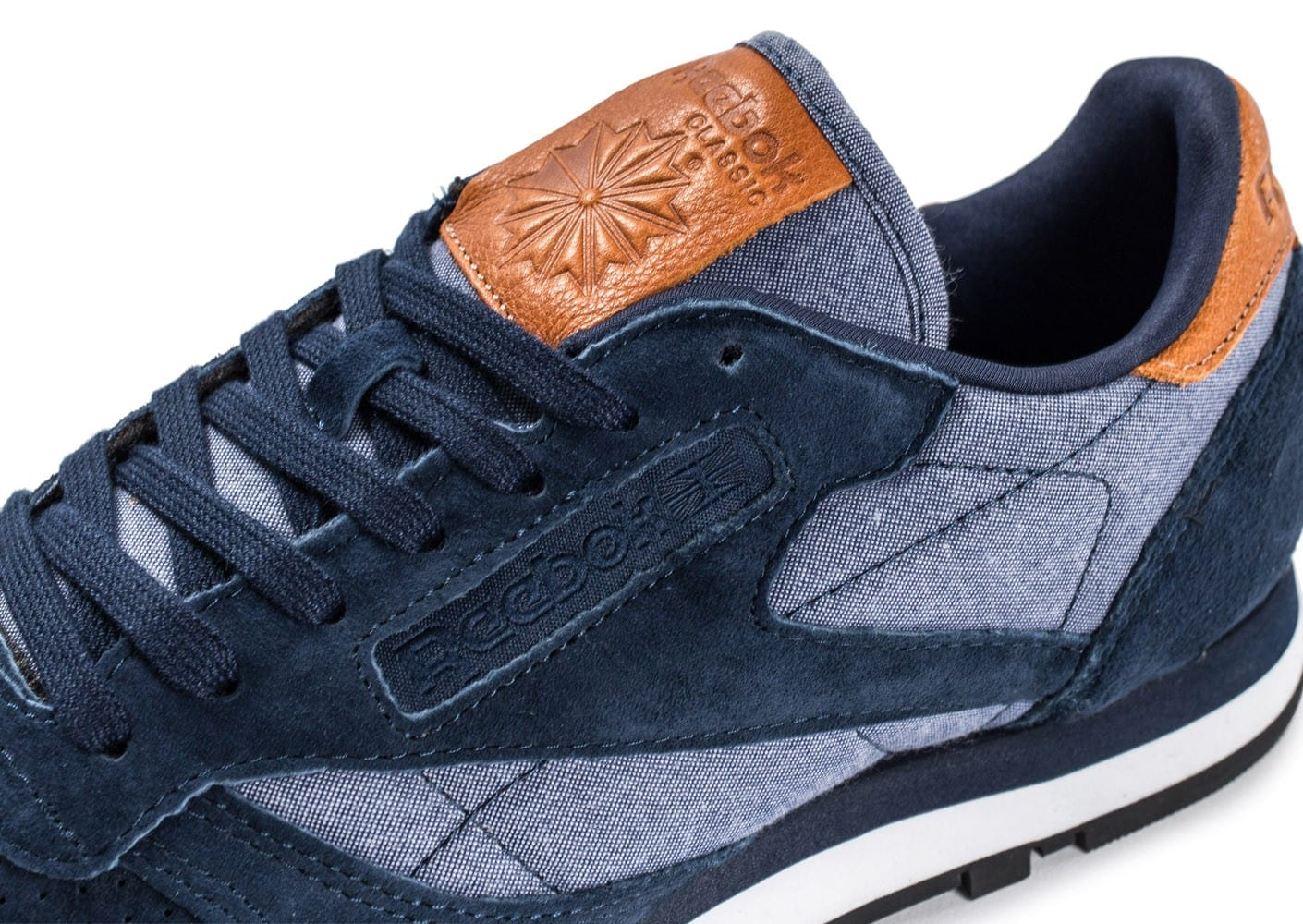 ec92ab8a94c9f ... Chaussures Reebok Classic Leather Chambray bleu marine vue dessus