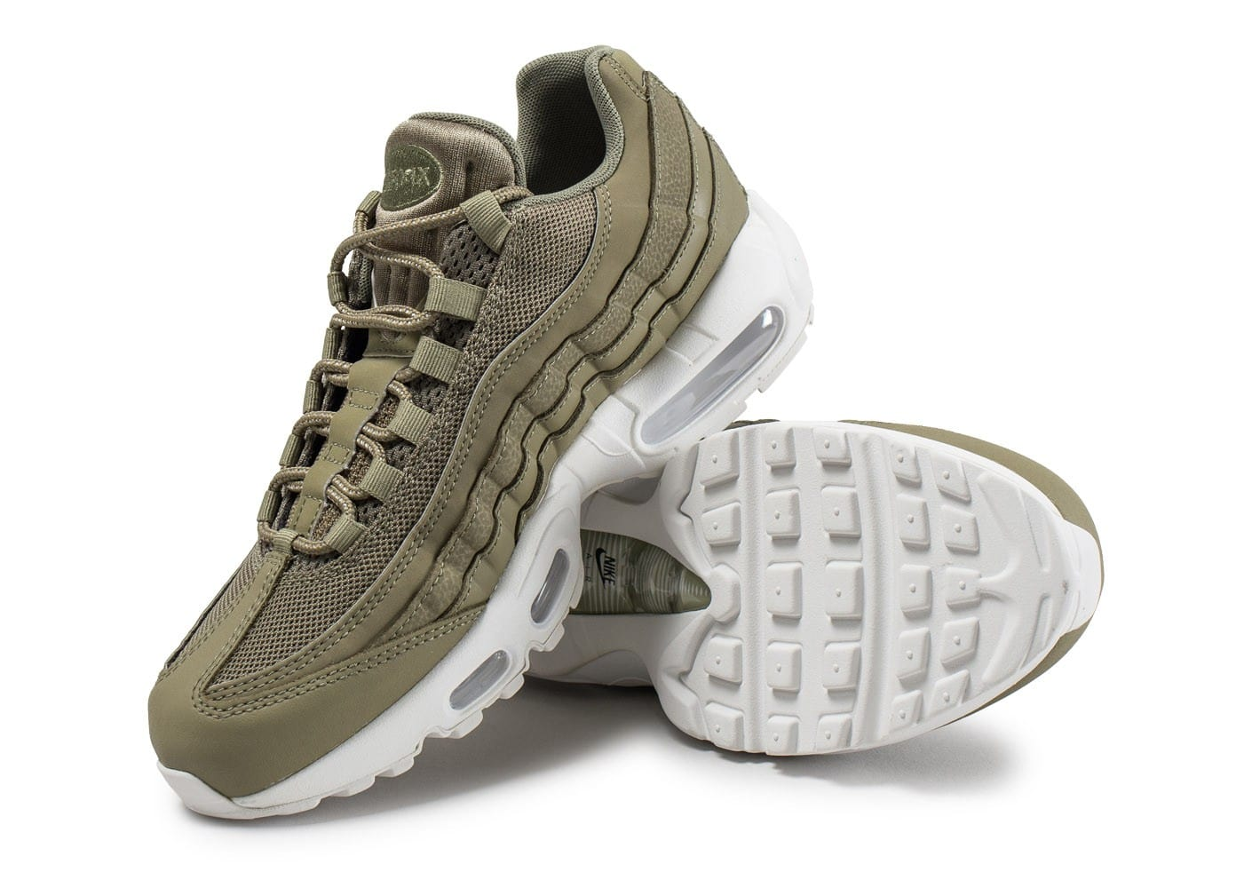 separation shoes 0c860 f43f2 ... Chaussures Nike Air Max 95 Essential kaki vue avant ...