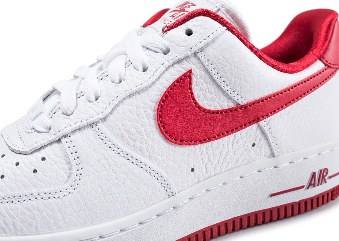 Nike Air Force 1 Low blanche et rouge - Chaussures Baskets ...