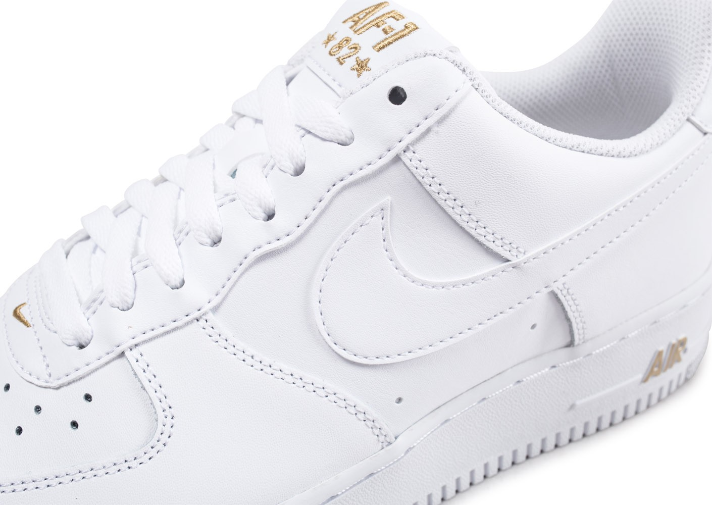 bd066068657 Nike Air Force 1  07 Low Blanche et or - Chaussures Baskets homme ...