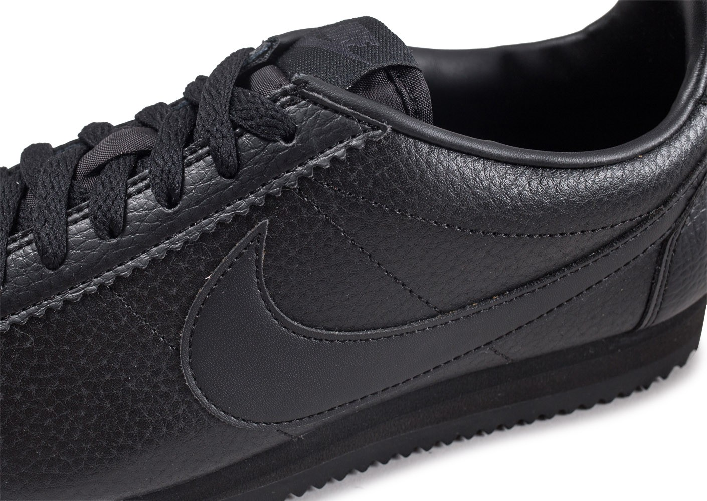 low priced b1090 9f59f ... Chaussures Nike Classic Cortez Leather noire vue dessus