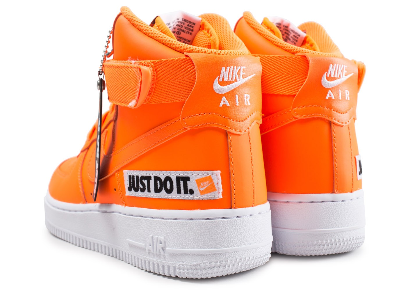 pretty nice e201f 9ab69 ... arrière Chaussures Nike Air Force 1 High LX Leather JDI orange femme vue  dessous ...