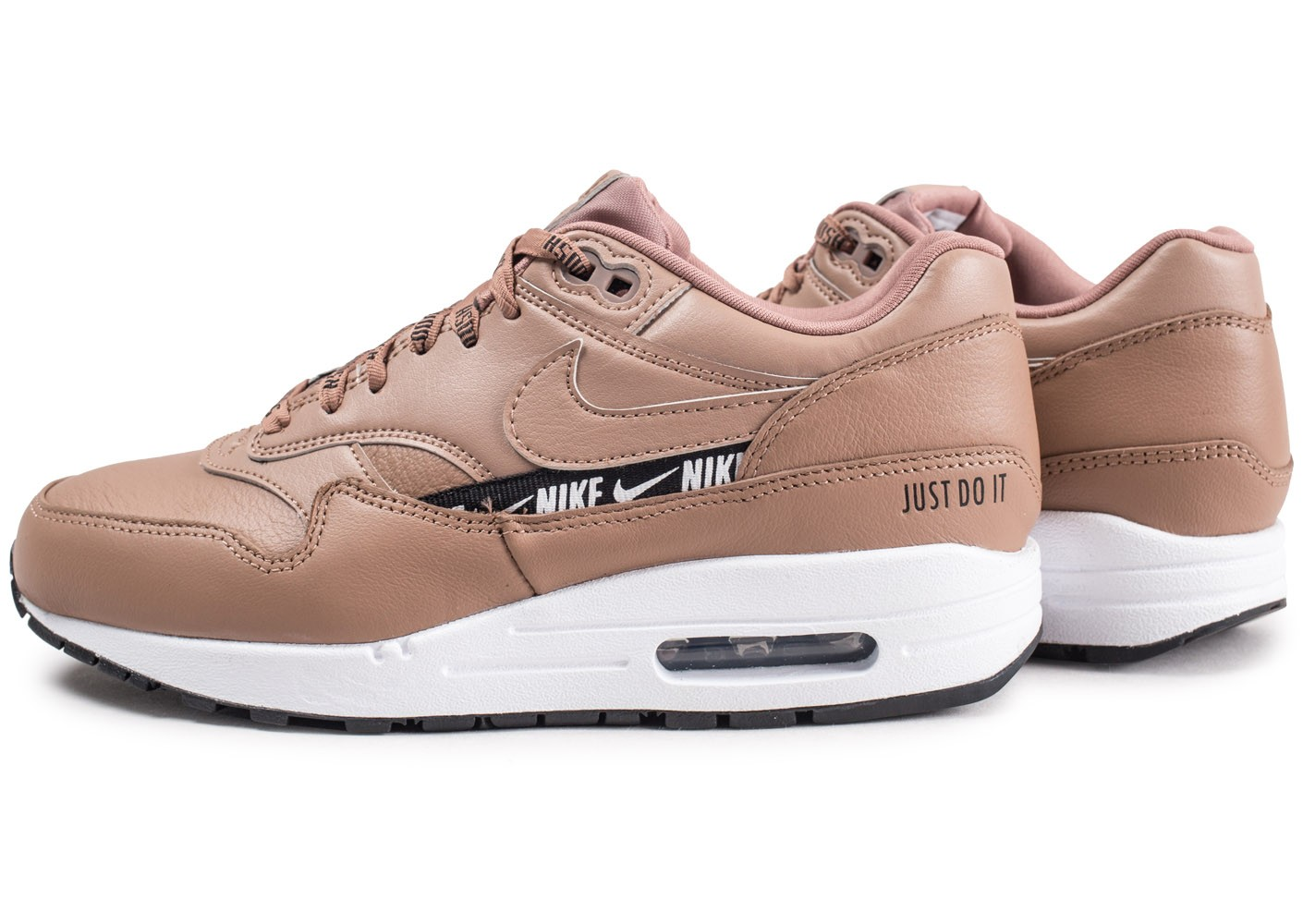 best sneakers bb690 b5640 Cliquez pour zoomer Chaussures Nike Nike Air Max 1 SE Overbranded beige  femme vue extérieure ...
