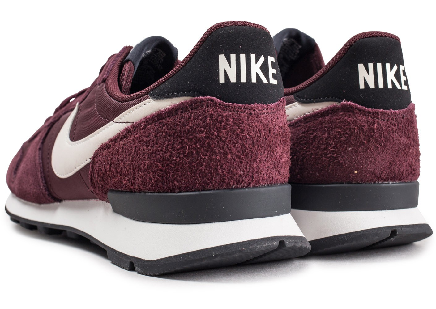 the best attitude 4eff0 50582 ... Chaussures Nike Internationalist bordeaux femme vue dessous ...