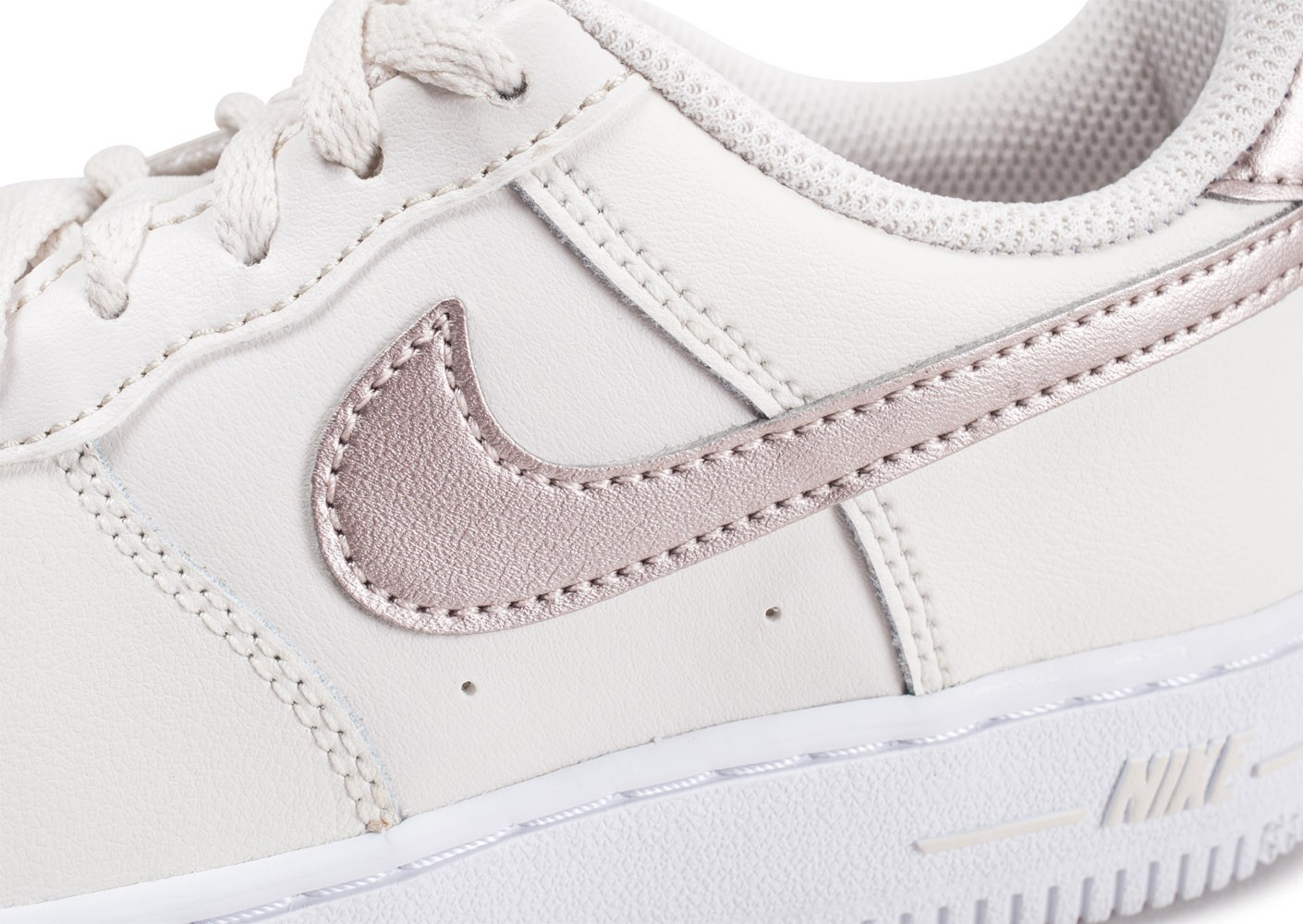 air force 1 low blanc or rose