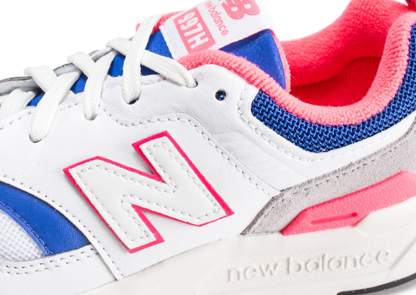 New Balance 997 Baskets Rose et blanc