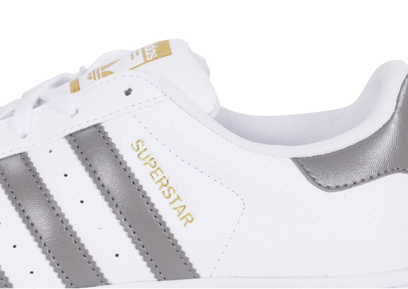 pretty nice 7349e 7036c ... Chaussures adidas Superstar Blanc Gris Et Or vue dessus