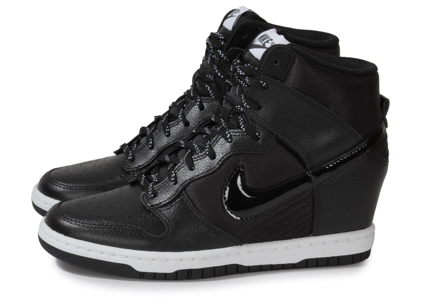 Nike Dunk Sky Hi Essential Noire - Chaussures Chaussures ...