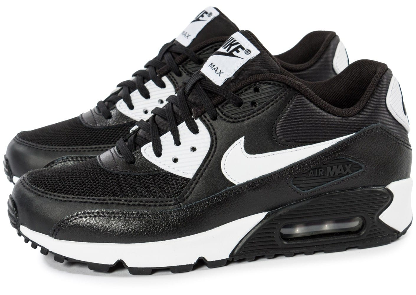 nike air max 90 essential noire et blanche chaussures baskets femme chausport. Black Bedroom Furniture Sets. Home Design Ideas