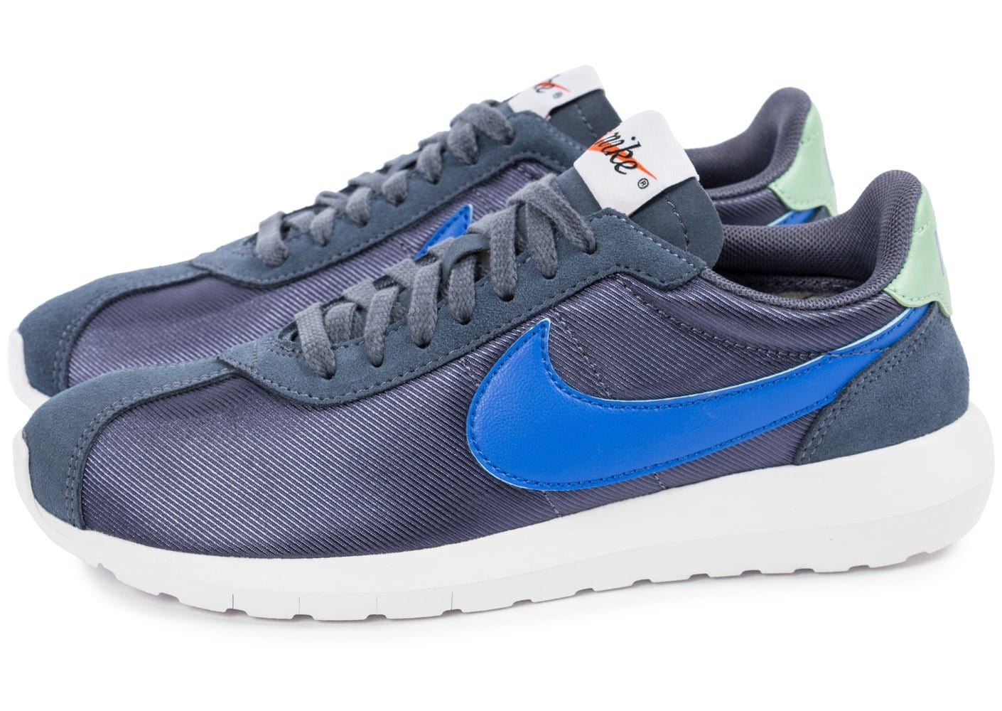 new style 82ded 9c615 ... Chaussures Nike Roshe LD-1000 W bleue vue dessous ...