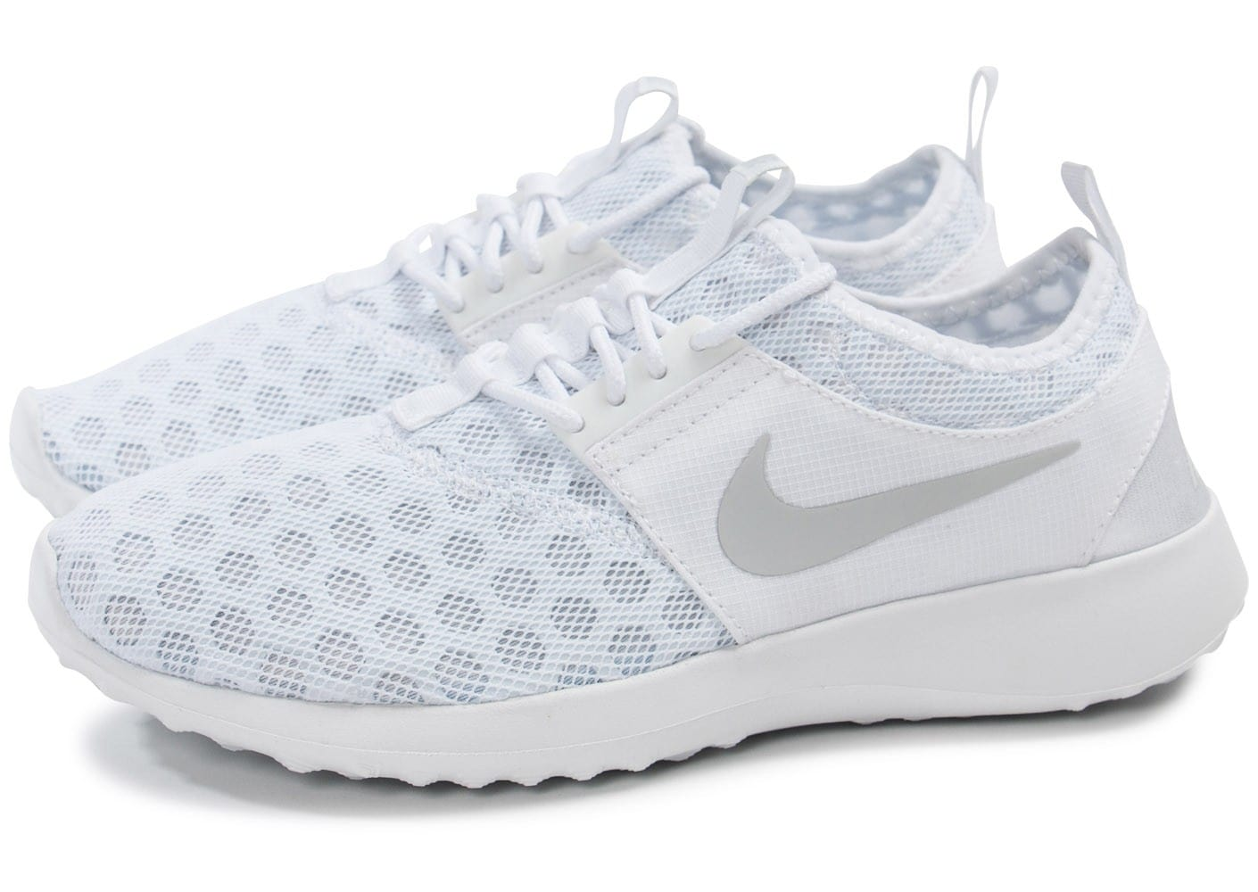wholesale dealer dc7e3 c1588 Femme Juvenate Nike Baskets Chausport Chaussures Blanche OmyvN08nw