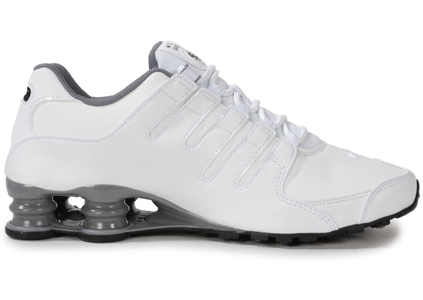 buy popular 4e2ed c1361 ... Chaussures Nike Shox Nz Blanche vue dessous ...