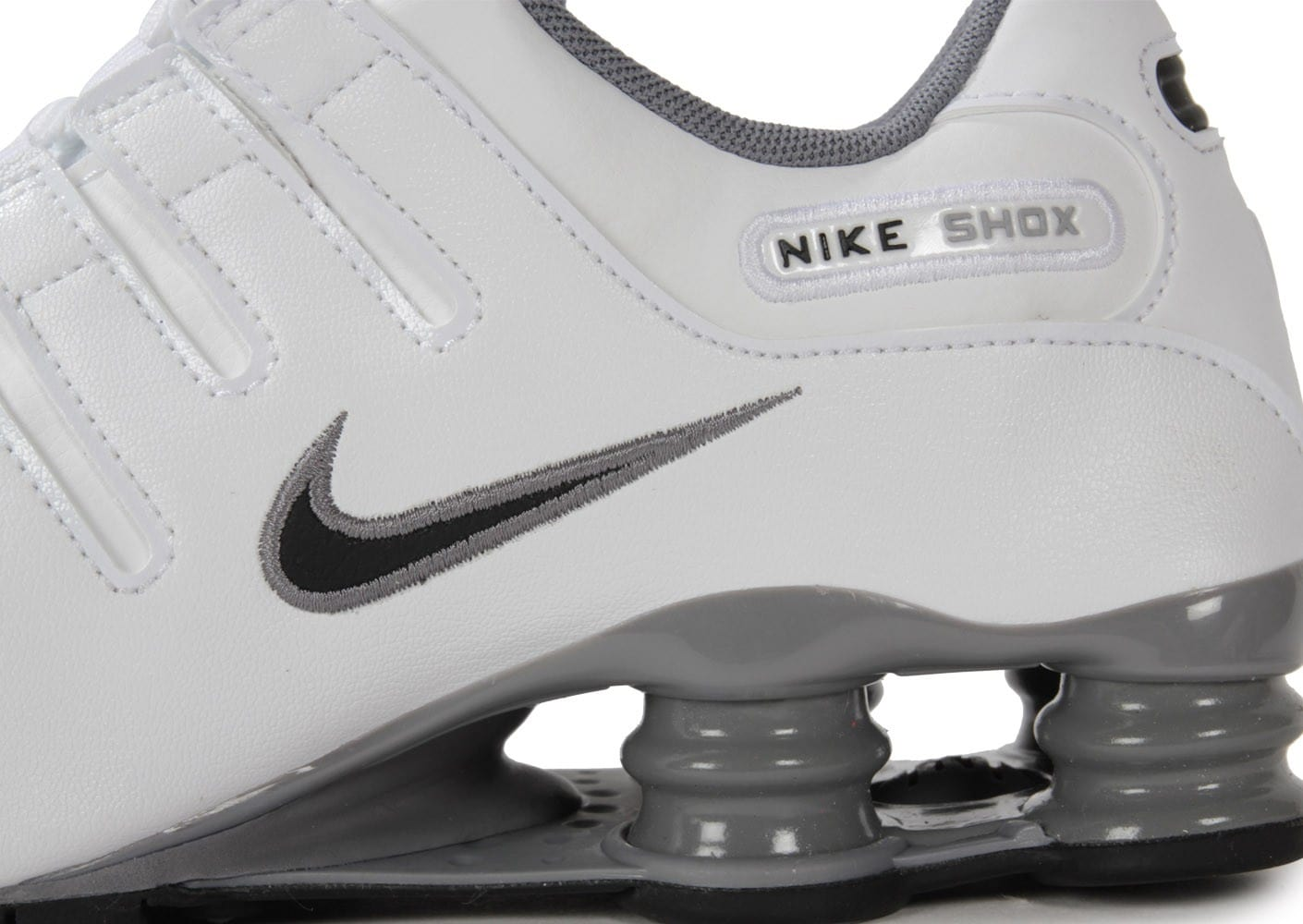 newest ede94 f754d ... Chaussures Nike Shox Nz Blanche vue dessus