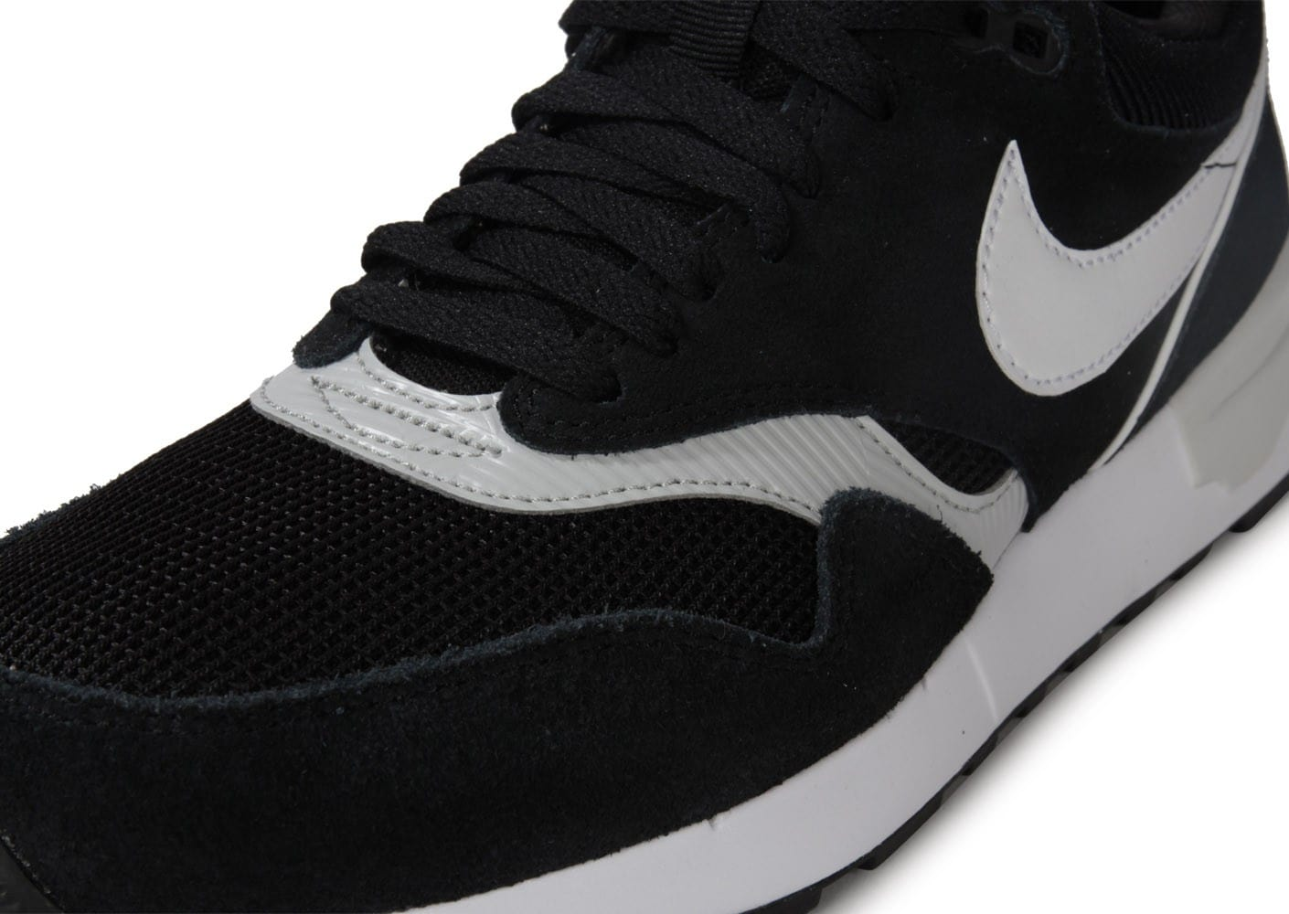sneakers for cheap 0dcb2 04f0a ... Chaussures Nike Air Odyssey Noire Blanche vue dessus