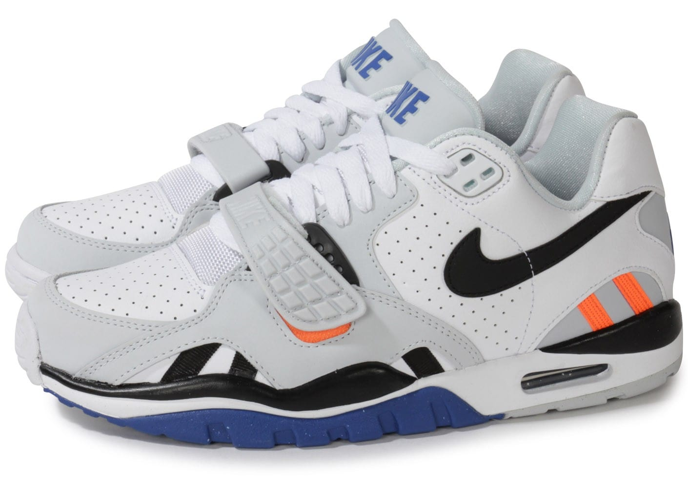 best loved f92f5 b565b Cliquez pour zoomer Chaussures Nike Air Trainer Sc Ii Low Blanche vue  extérieure ...