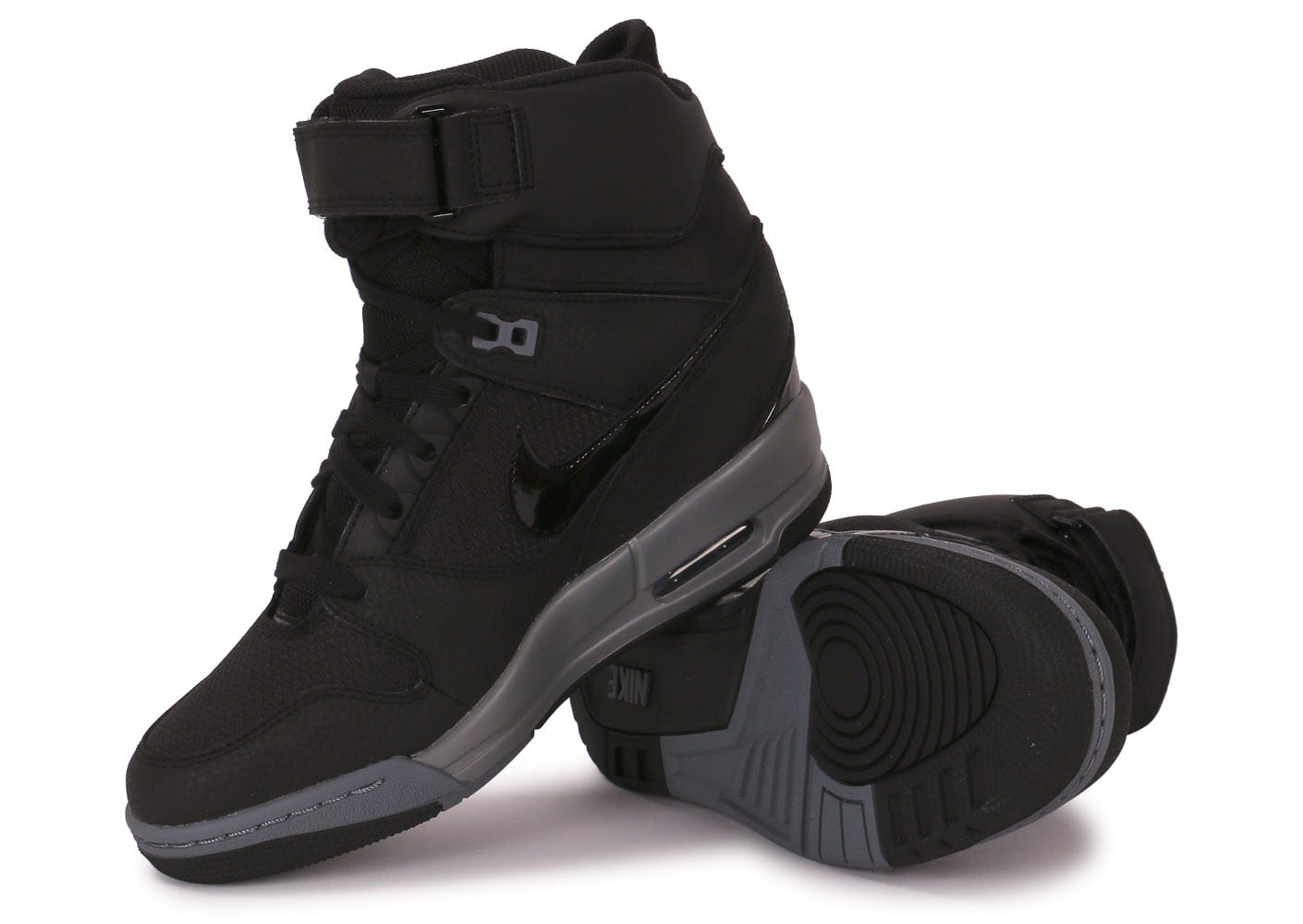 best value undefeated x pre order Nike Air Revolution Sky Hi Noire - Chaussures Chaussures ...