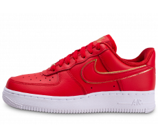 Chaussures Nike Air Force 1 rouge femme