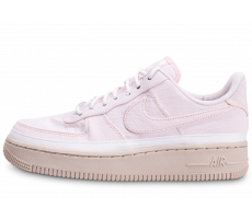 Chaussures Nike Air Force 1'07 SE rose et blanche femme
